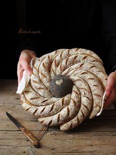 Bread Recipes, Baking Recipes, Bread Display, Bread Shaping, Bread Art, Bakery Design, Vegan Kitchen, Bread And Pastries, Sourdough Bread