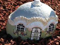 how to make a fairy house – The Fairy Garden Painted Garden Rocks, Painted Rocks, Painted Houses, Hand Painted, Stone Painting, House Painting, Rock Painting, Garden Crafts, Garden Art
