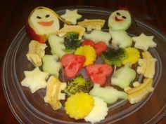 Ensalada de frutas para niños. Ver la receta http://www.mis-recetas.org/recetas/show/18649-ensalada-de-frutas-para-ninos