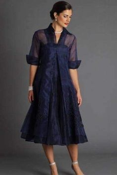 Celebrate in silk – the navy blue pure silk organza coat and tea length dress is a stunning two piece outfit with sleeves for the modern and elegant mother of the bride and mother of the groom for a cocktail,… Continue Reading → Mob Dresses, Tea Length Dresses, Fall Dresses, Elegant Dresses, Blue Dresses, Fashion Dresses, Dresses With Sleeves, Summer Dresses, Summer Outfits