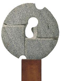Noguchi, Isamu-Variation on a Millstone #5, granite, 63,5x63,5x7,6cm, 1967