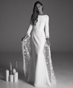 In keeping with the festive feeling of the season, this is the perfect time for a little sparkle on your wedding dress.