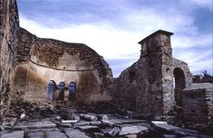 https://flic.kr/p/cLj4N | Church Agios(Saint) Achillios | Greece, Florina, in the middle of the lake of Mikri Prespa there is the small island of Agios Achillios.. The old byzantine church (11th century) is  sited on it.