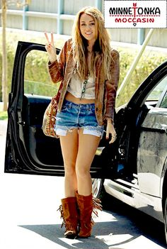 i would definitely wear this outfit & i want these boots ...Miley Cyrus Bohemian Style