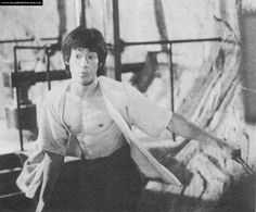 Bruce behind the scenes of Enter the dragon Game Of Death, Legendary Dragons, Bruce Lee Photos, Jeet Kune Do, Enter The Dragon, John R, Little Dragon, Martial Arts, The Man
