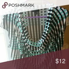 Sleeveless cowl-neck top, great colors! Sleeveless top in like new condition! Love the colors/pattern/and light fabric. Wear by itself or layer, it's super comfortable! Fits true to size. Black/aqua/white pattern Worthington Tops Blouses