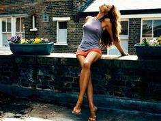 Sexy dan Hot!! Ini Foto Victoria Beckham Terbaru 2016