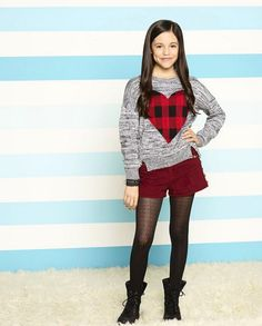 Stuck in the Middle Harley Diaz - Bing images Dresses For Tweens, Outfits For Teens, Cool Girl, Cute Girls, Laurie Hernandez, Disney Actresses, Jenna Ortega, Forever 21 Girls, Stuck In The Middle