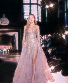 Rose Gown, Rose Queen, Black Pink Kpop, Blackpink Photos, Blackpink Fashion, Jennie Blackpink, Blackpink Jisoo, Aesthetic Girl, Kpop Girls