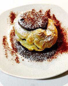 Bignè con ripieno di crema pasticcera e crema alla nocciola! #homemade