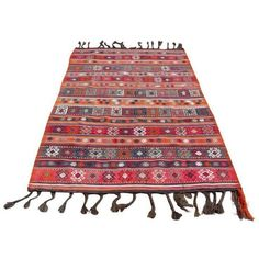 Vintage Turkish Kilim Rug - 4′8″ × 7′5″ (1,500 CAD) ❤ liked on Polyvore featuring home, rugs, traditional handmade rugs, handmade rugs, hand woven rugs, hand loomed rug, coloured rug and hand-loomed rug