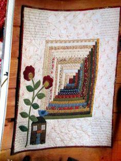 Small log cabin block quilt