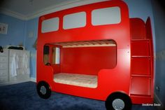Double decker London bus bunk beds. This is brilliant! hahaha