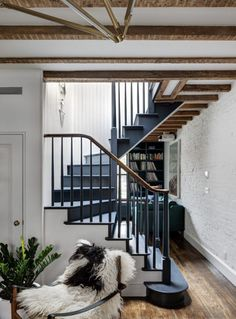 paint your stairs a dark color for some drama