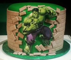 25 Ways to Make a Great Incredible Hulk Birthday Cake! Hulk Birthday Cakes, Hulk Birthday Parties, New Birthday Cake, Birthday Cupcakes, Birthday Cake Decorating, Cake Decorating Supplies, Fondant Cakes, Cupcake Cakes, Avenger Cake