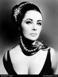 Elizabeth Taylor, plus a page about how to 'do' old Hollywood glamour. From: http://www.mookychick.co.uk/alternative-fashion/burlesque-vintage-clothing/old-hollywood-glamour-style.php