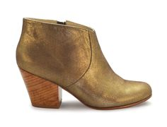 Little by little, one walks far and fashionably in Fortress of Inca's Adriana Coco booties. In a showstopping metallic gold, these booties will help you and your outfits stand out from the crowd.