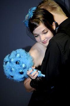Google Image Result for http://my-biggestday.com/wp-content/uploads/2011/01/punk-rock-wedding.jpg