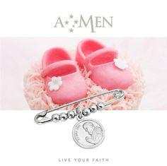 AMEN collezione Santi: la spilla da balia con la medaglietta del tuo santo protettore, il regalo ideale per i nuovi nati! www.amencollection.com