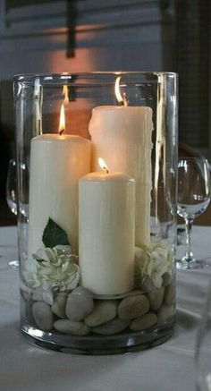 Diy Home Decor large hurricane vase with candles rocks and gardenias - centerpiece - bjl.Diy Home Decor large hurricane vase with candles rocks and gardenias - centerpiece - bjl Hurricane Vase, Hurricane Party, Diy Home Decor, Room Decor, Room Art, Decor Crafts, Earthy Home Decor, Homemade Home Decor, Elegant Home Decor