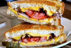 Stoney's Super Grilled Cheese in Logan Circle