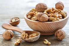 Crazy Tips: Cholesterol Lowering Foods Pictures lower cholesterol diet.Cholesterol Diet Low Carb how to reduce cholesterol. Lentils Nutrition, Walnuts Nutrition, Benefits Of Eating Walnuts, Superfood, Clif Bars, Zucchini Zoodles, Cholesterol Lowering Foods, Cholesterol Symptoms, Cholesterol Levels