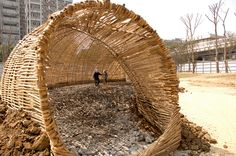 Marco Casagrande - 2011 竹編有機建築 Cicada Bamboo Pavillion - Construction 060.jpg by 準建築人手札網站 Forgemind ArchiMedia, via Flickr