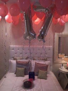 a playlist of seventeen songs about being seventeen for your seventeenth birthday 17th Birthday Party Ideas, 17 Birthday Cake, Happy 17th Birthday, Birthday Room Decorations, 17th Birthday Gifts, Birthday Goals, Birthday Balloons, Birthday Bash, Girl Birthday