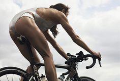 Triathlete Helen Jenkins in 'Self.' Photo: Robbie Fimmano/Self Bicycle Women, Bicycle Girl, Triathlon Women, Female Cyclist, Cycling Girls, Athletic Women, Sport Girl, Nice Body, Fitness Women
