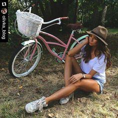 Os recordamos nuevos modelos de las bicicletas de la marca Plumbike estan disponibles SOLO en nuestra tienda WWW.FAVORITEBIKE.COM Guapísima @olivka_blog y su Plumbike ❤ #Repost @olivka_blog with @repostapp  ・・・ My cruiser ❤ @plumbike #cruiser #love #girl #fun #sunday #favoritebike #mybike #mujer #longlegs #beautiful #bicicleta #mibici #tienda #longhair #weekend #relax #navidad #regalos #fashion #paisaje #health #familytime…