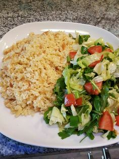 Easy peasy bulgur with mixed salad