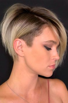 Amazing Short Haircuts for Women Bob With An Undercut ❤ Find Your Perfect From These Pretty Popular Short Haircuts! ❤Bob With An Undercut ❤ Find Your Perfect From These Pretty Popular Short Haircuts! Nice Short Haircuts, Popular Short Haircuts, Haircuts With Bangs, Short Sides Haircut, Asymmetrical Pixie Haircut, Edgy Pixie Haircuts, Bob Style Haircuts, Pixie Bangs, Edgy Pixie Cuts