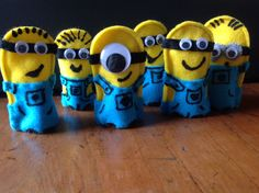 Minion finger puppets