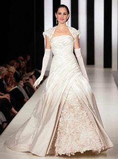 Ian Stuart Wedding Dresses - Casablanca