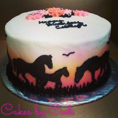 Horse cake with sunset 9th Birthday Cakes For Girls, Country Birthday Cakes, Hunting Birthday Cakes, Horse Theme Birthday Party, Themed Birthday Cakes, Birthday Ideas, Cowgirl Cakes, Western Cakes, Country Girl Cakes