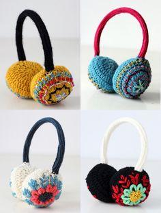 by Lanusa. Para coger ideas. Orejeras en crochet. (sin patrón).  Only as idea. Crochet. Not pattern.