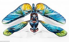 Body painter Emma Fay uses water-based paints to turn ultra-flexible models into animals and landscape scenes Amazing Paintings, Amazing Art, Amazing Body, Art Simple, Contortionist, Animal Magic, Illusion Art, Hand Art, Artist Canvas