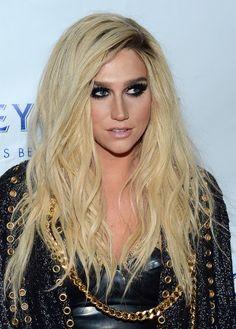 Kesha tousled voluminous hair