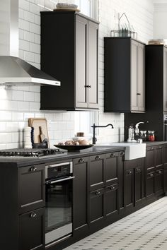 Kitchen cabinets that suit you and how you use your kitchen will save time and effort every time you cook (or empty the dishwasher). Pick the kitchen that's perfect for you with IKEA SEKTION! Click to learn more!