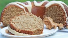 Easy Peanut Butter Cake w/ Whipped Peanut Butter Frosting Peanut Butter Bundt Cake Recipe, Peanut Butter Frosting Easy, Whipped Peanut Butter, Peanut Butter Sheet Cake, Homemade Peanut Butter, Peanut Butter Recipes, Cupcakes, Cake Cookies, Cupcake Cakes