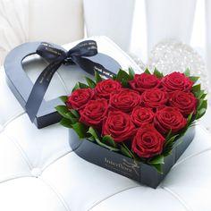How to Determine Valentine's Day Flower Delivery USA Valentines Gifts For Boyfriend, Valentines For Kids, Valentine Gifts, Valentine Nails, Valentine Ideas, Flower Delivery Usa, Valentine's Day Flower Arrangements, Valentines Flowers, Bunch Of Flowers