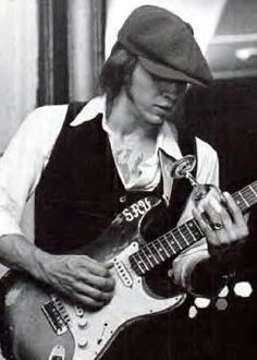 stevie ray vaughan-you don't find them like him anymore.