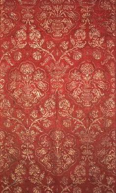 "A ""Brocade with pomegranate pattern"", Italian, century (silk, gilt thread) Hermitage Museum, St Petersburg * Beautiful! Renaissance Clothing, Italian Renaissance, Historical Clothing, Medieval, Century Textiles, Hermitage Museum, Clothing And Textile, Brocade Fabric, Pretty Patterns"