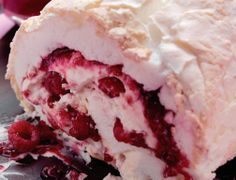 Raspberry Pavlova Roulade Make a Raspberry Pavlova Roulade when you want to impress. It can even be messy and impressive!  #Fruit #British #Dessert #Baking #Birthday #Dinner #Party