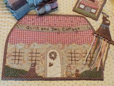 French Style, Pot Holders, Quilts, Scrappy Quilts, Comforters, Hot Pads, Potholders, Quilt Sets, Patchwork Quilting