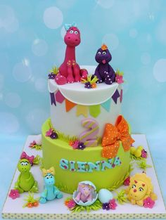 Girl dinosaurs - Cake by Shereen