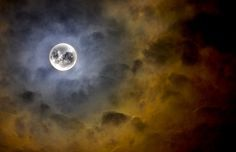 Moon Rituals With Reiki: Sometimes we get clogged with excess energy by constantly healing our clients, friends and ourselves. There are times we feel our Reiki flow has reduced or is not as charged as it used to be. You n...