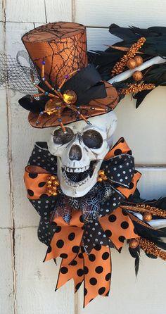 Halloween Skeleton Wreath Skeleton wreath by DesignsbySheilaB Halloween Door, Halloween 2014, Holidays Halloween, Happy Halloween, Halloween Party, Halloween Wreaths, Halloween Flowers, Halloween Tricks, Halloween Skull