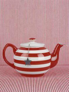 Striped RED Teapot with Tea Ball Photographic Print - too bad this is just a print. I would soooo buy this cutie! Party Fiesta, Red Cottage, Teapots And Cups, Teacups, Damier, Tea Cozy, Pot Sets, My Cup Of Tea, Chocolate Pots
