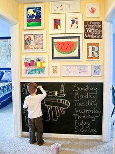 Kids' artwork display and chalkboard wall. I so want a chalkboard wall, but worry the kids will misinterpret this to mean ALL walls are chalkboard walls. Art Wall Kids, Art For Kids, Kid Art, Wall Art, Kids Fun, Kids Work, Kids Study, Kids Art Galleries, Deco Kids